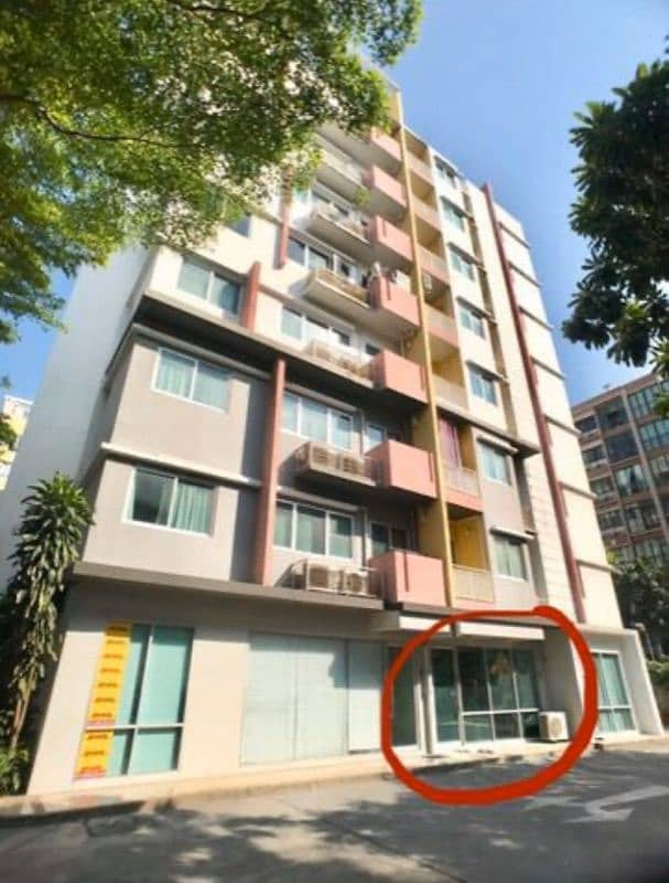 For rent in front of the condo 66 sq m, make an office Show Room, a trade clinic, good location, BTS Wongwian Yai, 50 meters, Soi Krung Thon Buri, MY CONDO Sathorn Taksin Sansiri
