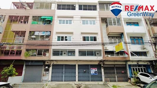 Commercial Building for Sale in Bangkok Noi, Bangkok - Commercial building for sale, 2 booths, 4 floors, Soi Borommaratchachonnani 6.