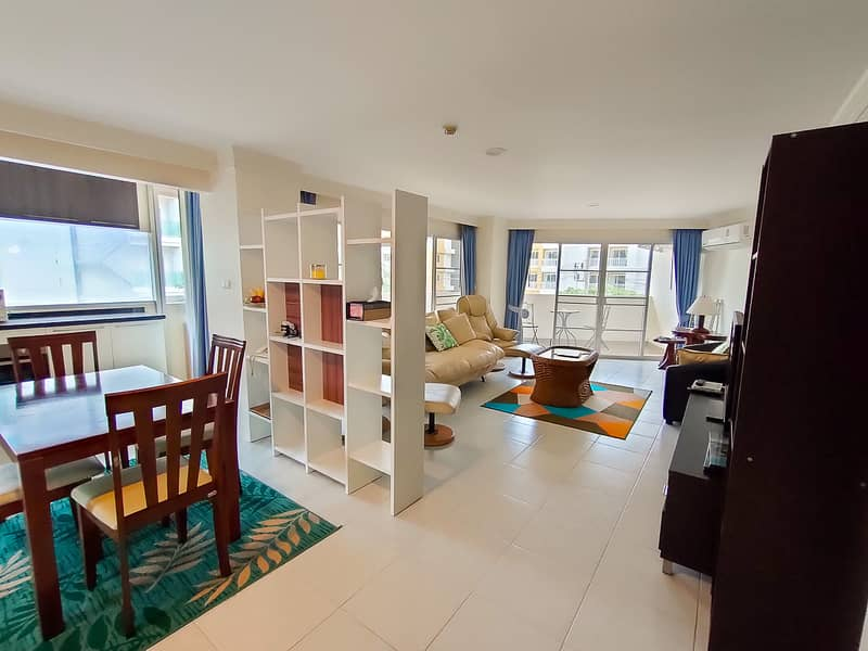 Large Foreign Freehold 2 Bedroom Condo for Sale at Phuket Palace, Patong