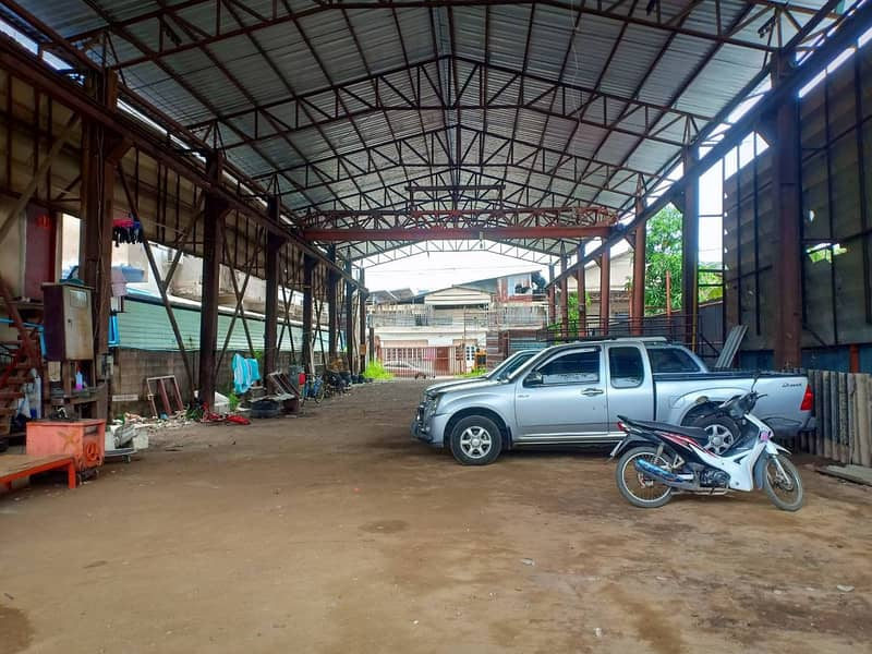 Factory for rent, warehouse, area 700 square meters, with cranes, 3-phase electric housing, Phon Rama 2 Road, Tha Kham Bang Khun Thian