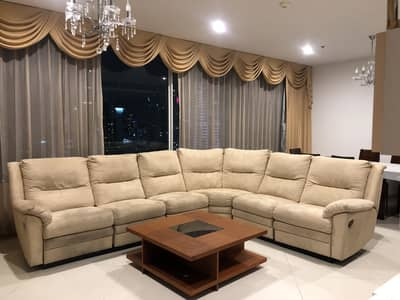 2 Bedroom Condo for Rent in Sathon, Bangkok - Wonderful High Rise 2-BR Condo at The Empire Place