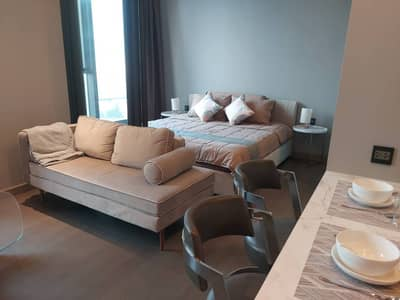 1 Bedroom Condo for Rent in Watthana, Bangkok - Modern 1-BR Condo at The Esse At Singha Complex