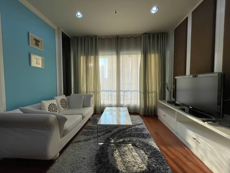 Lovely 2-BR Condo at The Address Chidlom