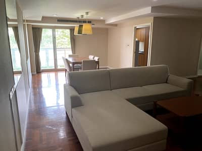 2 Bedroom Apartment for Rent in Yan Nawa, Bangkok - Roomy 2-BR Serviced Apt.