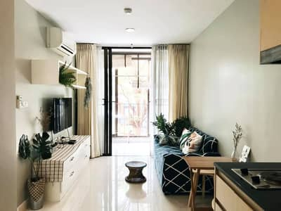 1 Bedroom Condo for Rent in Khlong San, Bangkok - Lovely 1-BR Condo at Ideo Blucove Sathorn
