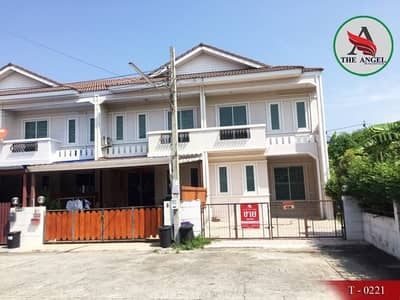 3 Bedroom Townhouse for Sale in Bang Sue, Bangkok - Sell townhome behind the corner. Badinthon village 2 along the canal two canals three wa