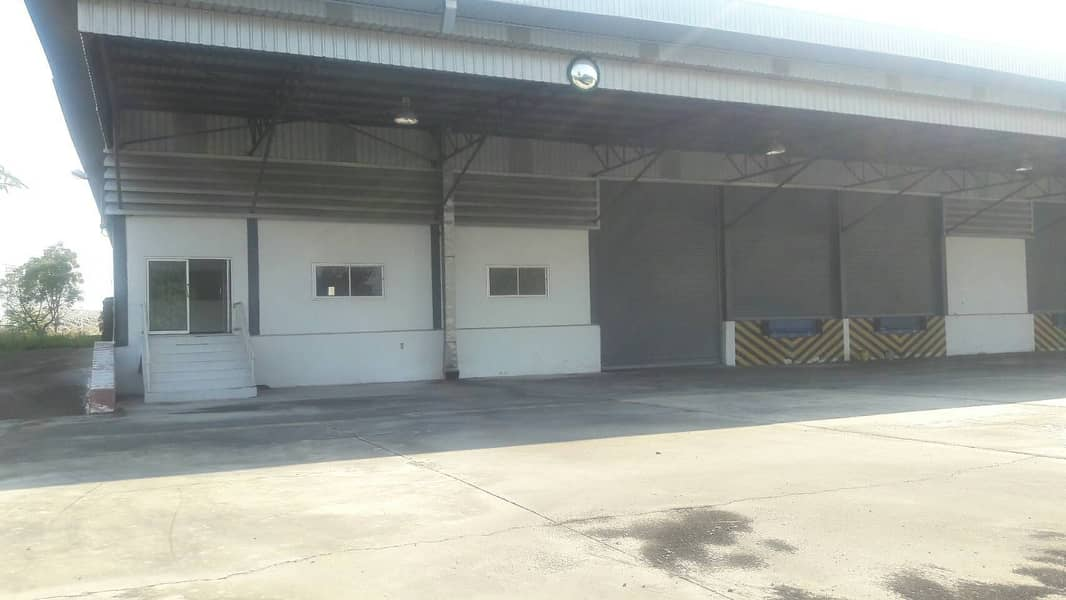 G91-Warehouse for rent 17,600 sqm. nearly Laem Chabang port Sriracha Chonburi Warehouse for rent near Laem Chabang Industrial Estate, Sriracha, Chonburi.