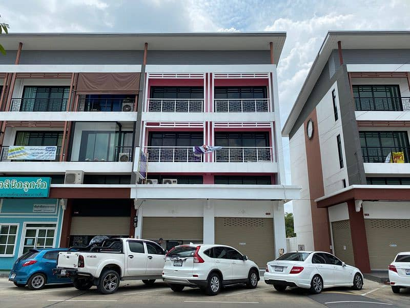 3.5-storey commercial building for sale at JSP Town Project