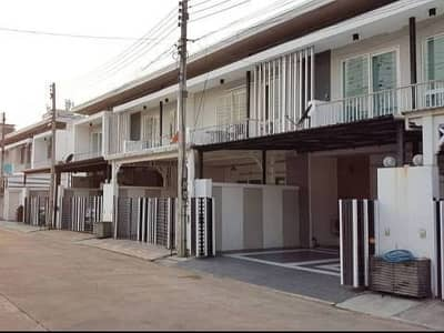 3 Bedroom Townhouse for Rent in Mueang Chiang Mai, Chiangmai - 2 storey townhome for rent, good location, Chiang Mai