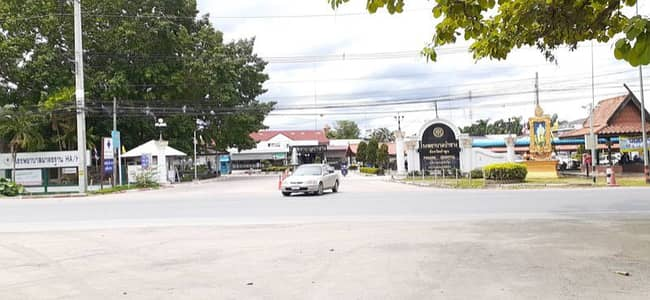 Commercial Building for Sale in Pa Sang, Lamphun - Shophouse in front of Pa Sang Hospital