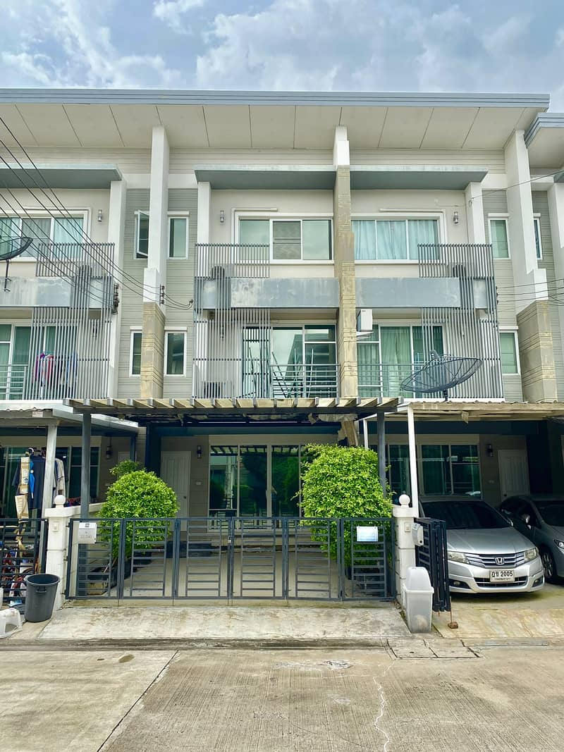 Sales, Home Town Avenue Krungthep Kreetha 7, size 26.2 square meters, cheapest in the project.