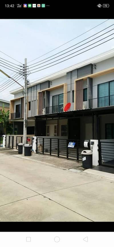 3 Bedroom Townhouse for Rent in Prawet, Bangkok - Townhouse for rent at The Connect Pattanakarn 38.