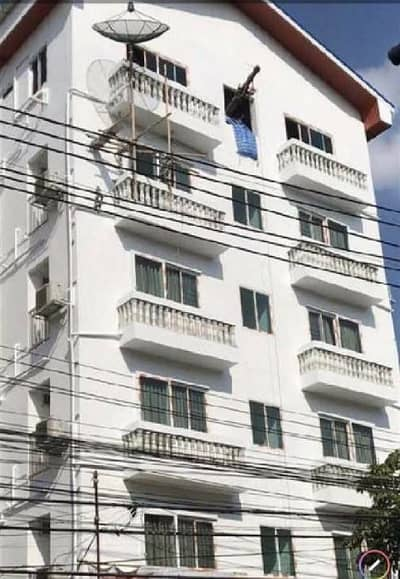 90 Bedroom Apartment for Sale in Dusit, Bangkok - Sale 89 million baht, dormitory apartment, 60 rooms, Amnuay Songkhram Road, Dusit District, in the heart of the city, near the BTS line Near the way up-down the expressway