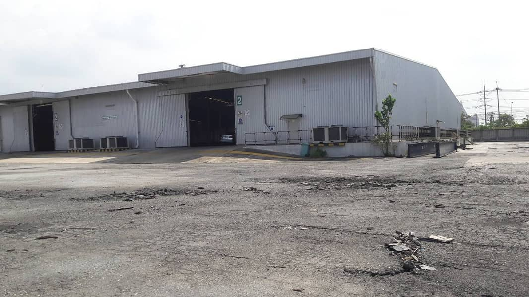 G122-Warehouse or Factory with Office for RENT 4800 sqm. at Laem Chabang sea port Warehouse for rent 4800 sqm Chonburi