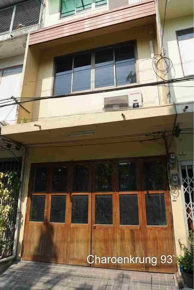 Commercial Building for Sale in Bang Kho Laem, Bangkok - 3-storey shophouse for sale, Soi Charoen Krung 93 and 91, size 12 square meters, width 4 meters, near Asiatique Bangkholaem.