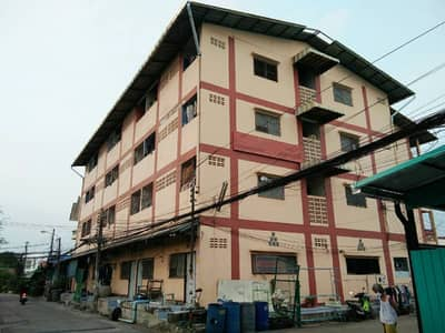 4 storey apartments for sale, 76 rooms, very good location