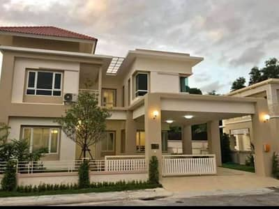 Vintage house for rent 3 in the Eastern Star Golf Course, Ban Chang.
