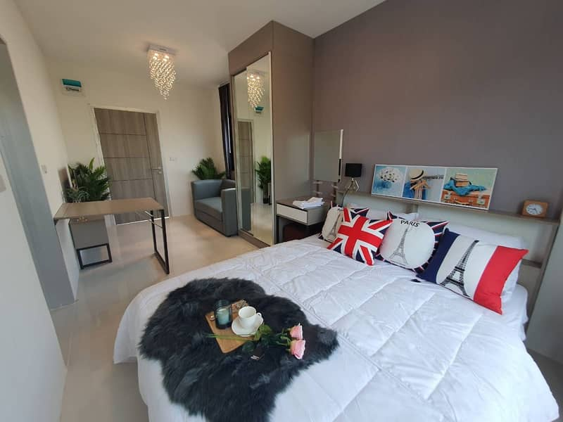Installment cheaper than rent Opportunity to own a luxury condo I only 670,000 baht with clubhouse, pool and fitness, the best option at the minute.