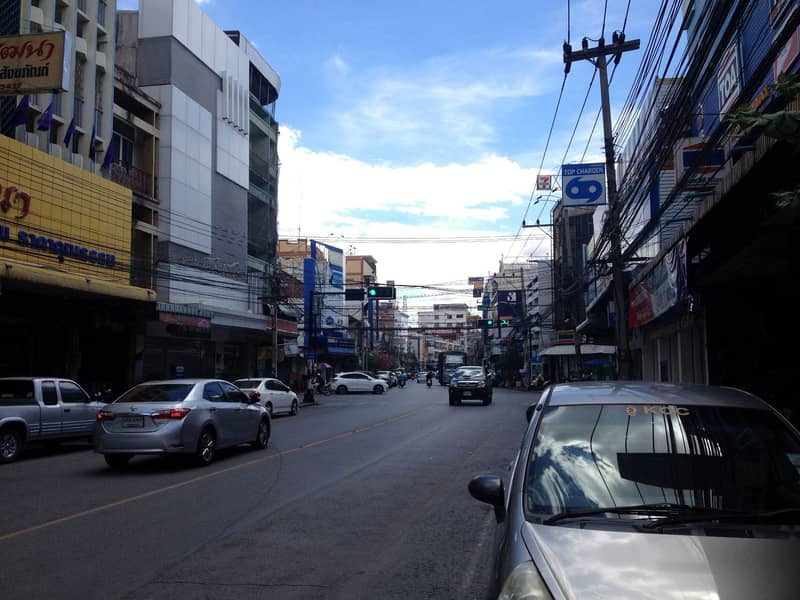 Lease - for rent, commercial building, 3 booths, Chom Phon Road, Korat city center