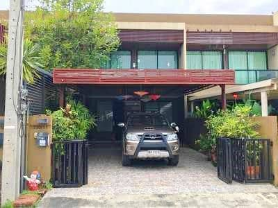 Rent 20,900 (including common fee) Townhome Urbano Ramkhamhaeng 94 built-in Fully furnished with complete electrical appliances Not raising animals