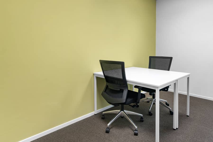 Flexible office memberships in Regus Chartered Square
