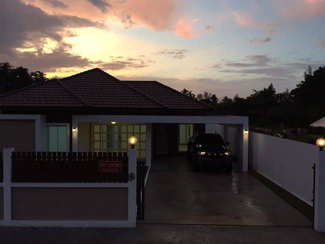 P09HF1905004 House for sale, Emerald Lake View Village, 3 bedrooms, 2 bathrooms, 120 sq m. 3.3 million.