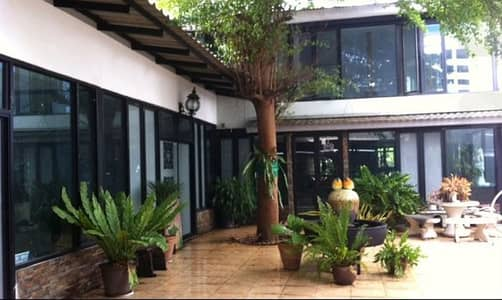 2 Bedroom Home for Rent in Khlong Toei, Bangkok - 2-storey detached house for rent, Rama 4 Road, area 200 sq m. Area 500 sq m. 2 bedrooms, 4 bathrooms, suitable for office, production house or rental business 95,000