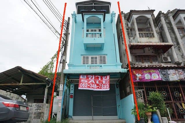 3-storey commercial building for sale, Wattana Thani Village, Nong Chok, area 19.9 sq m.