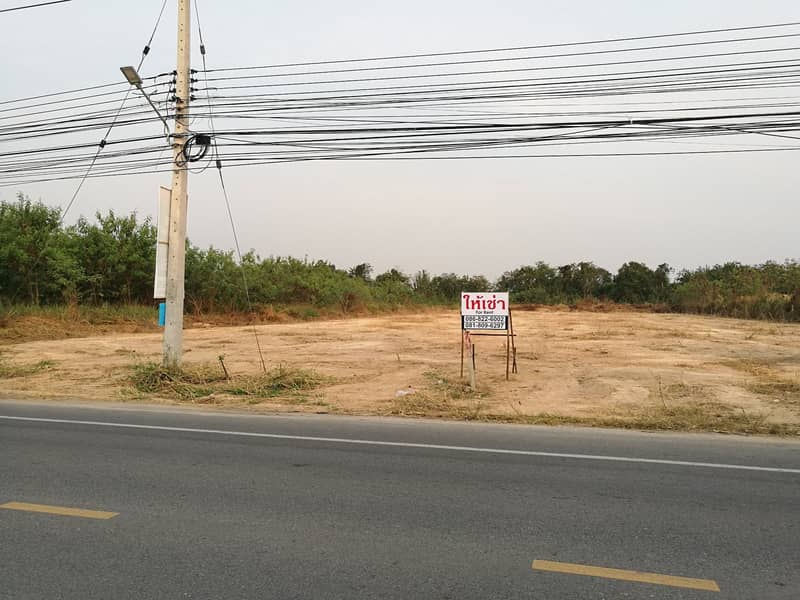 For rent at 3, next to By Pass Road Kampangphet