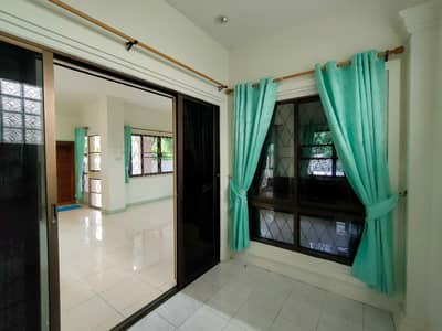 4 Bedroom Home for Rent in Mueang Chiang Mai, Chiangmai - House for rent in Nong Hoi - 89 Plaza Commnity Mall, Varee School, Chiang Mai