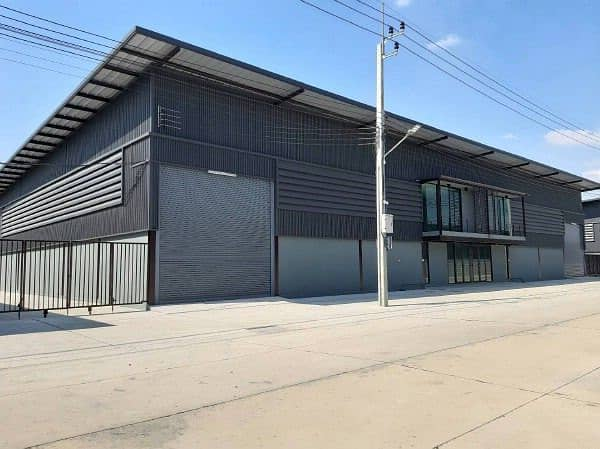 Factory for rent with new office, size 850, 1,200 sq m. , On Thepharak Road, Samut Prakan, near Kanchanaphisek Road, Outer Ring Road, Big C Bangplee