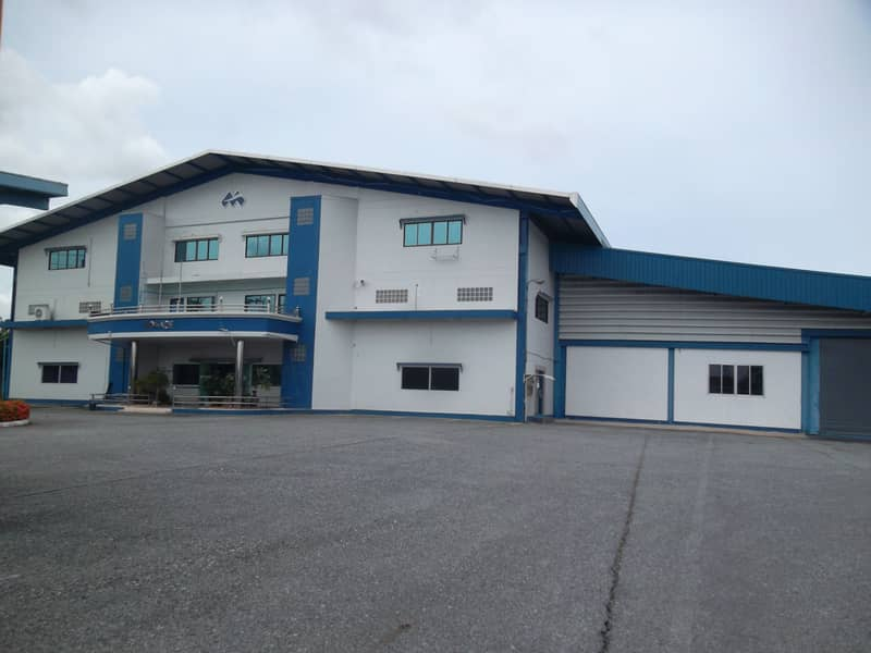 A032- Factory for sale with dormitory near Amata Industrial Estate 6-1-55 rai, Mueang Chon Buri District, area 5446 sqm. , Sale 75 million