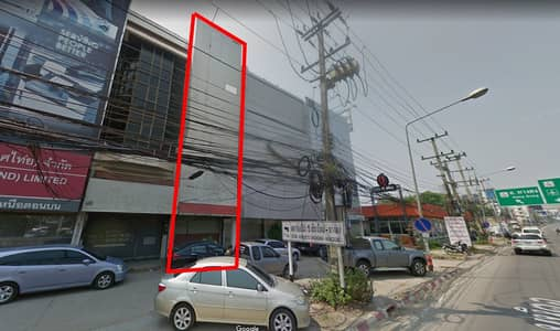 Commercial Building for Sale in Mueang Chiang Mai, Chiangmai - Shophouse for sale on Mahidol Road, Chang Klan, Chiang Mai.