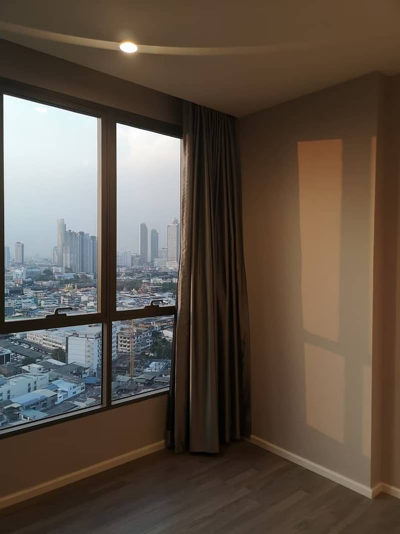 Sale condo The room sathorn-st. louis ready to move in