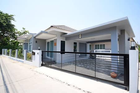 3 Bedroom Home for Sale in Saraphi, Chiangmai - CN0236 Two-Storey house for sale. Located near the city. 3 bedrooms and 3 bathrooms, 78.6 sq. wa.
