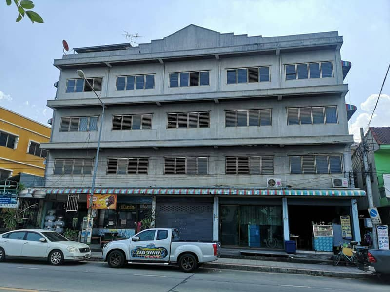 4-storey building for sale on Rat Phatthana Road, size 120 sq m, good location