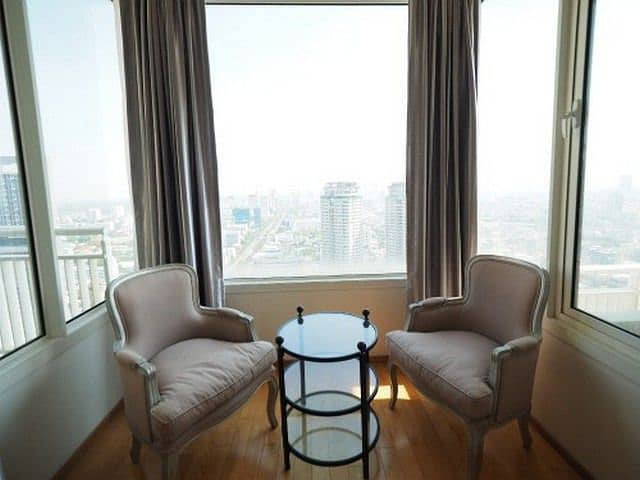 Condo for rent, The Empire Place, The Empire Place, near BTS Chong Nonsi, fully furnished 164 sq. m.