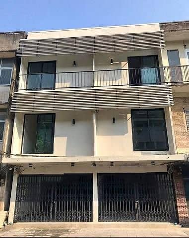 2 Bedroom Townhouse for Rent in Sathon, Bangkok - For rent, a 3-storey shophouse, renovated 148 sqm, Sathorn - Sathupradit - Chan road (has 2 booths).
