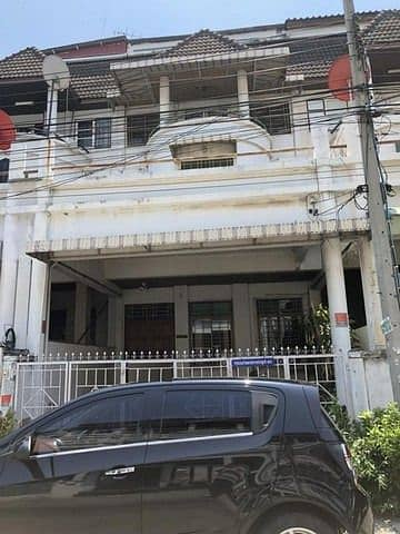 4 storey townhome for rent, Soi Town in Town (Srivara village) Wang Thong Lang district, convenient transportation, near along the express