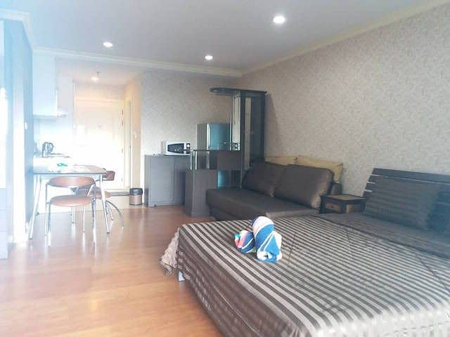 Grand Parkview Asoke fully furnished ready to move in BTS Asoke