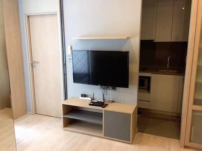 M Thonglor 10 clean fully furnished peaceful beautiful view Ekkamai BTS station