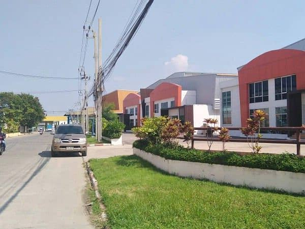 Factory for rent with office size 1,000 sq m. , Praeksa Mai Subdistrict Mueang Samut Prakan District Near the Asia Canal, Industrial Estate, factory license, Ror. 4