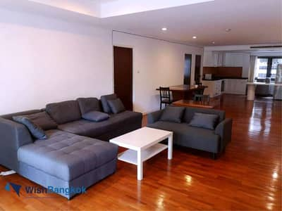 3 Bedroom Apartment for Rent in Pathum Wan, Bangkok - Pet Friendly For rent Spacious 3 bedroom unit space of 250 Sqm 6 mins walking distance from BTS Asok only 40K / Month