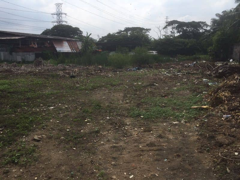 Land for rent, Soi On Nut 65 intersection 14.