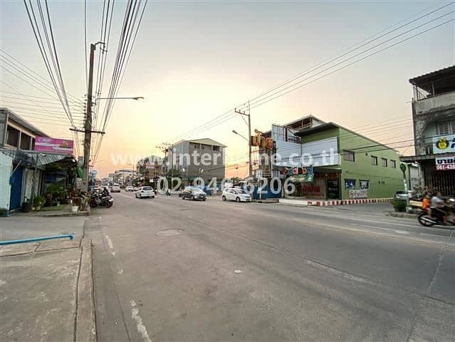 2-storey commercial building near Phutthasothon Hospital Mueang Chachoengsao District, Chachoengsao Province