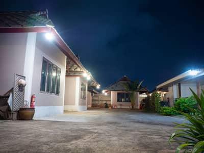 Hotel for Sale in Mueang Nakhon Ratchasima, Nakhonratchasima - Resort for sale  in Korat.