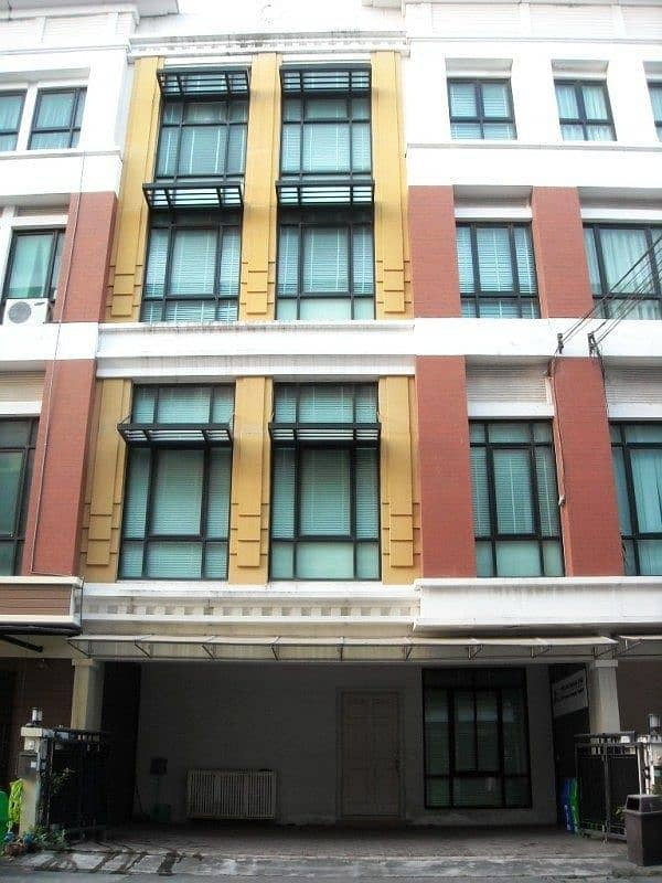 Townhome 4 floors, home in the middle of the city, Office Park Bangna