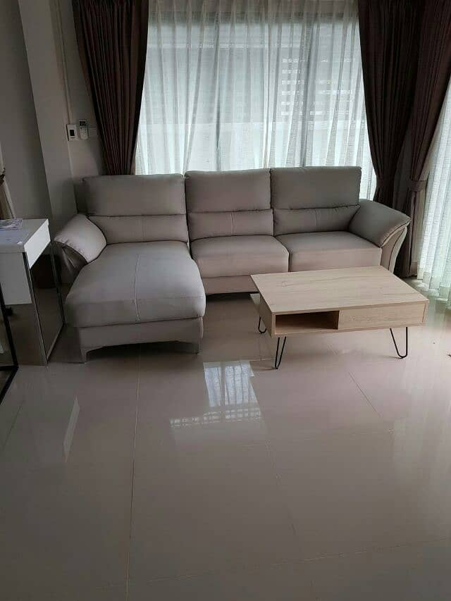 Want to sell a house, Prait Hand 1 with furniture.