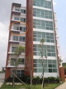 For Sale - For Rent The Living Condo 3 Nongkringbone intersection, size 35 square meters, mountain view Near Eastern Seaboard Industrial Estate Siam Eastern and Amata City at a reasonable price.