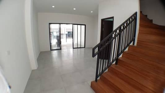 5 Bedroom Townhouse for Rent in Dusit, Bangkok - Townhome for rent Sri, Sriyan Townhome for Rent, Nakhon Chai Si Road, Dusit.